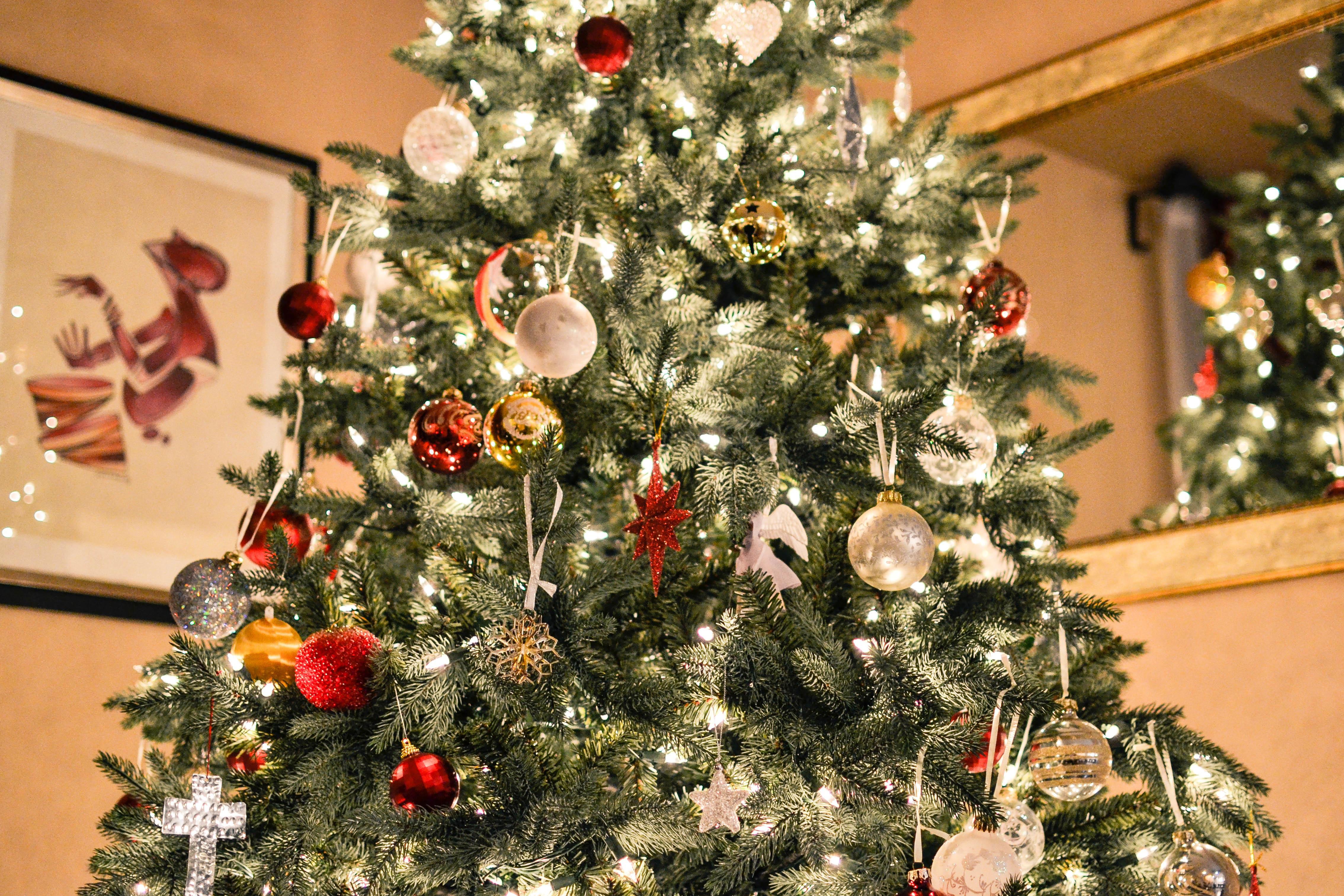 Alberi Di Natale In Legno Addobbati : Alberi di natale in legno splendidi oggetti design dalani e ora